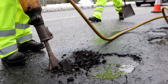 pothole repair company Exminster